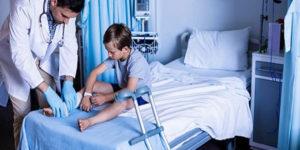 Avaliação do aumento no risco de fraturas ósseas em crianças com fraturas prévias